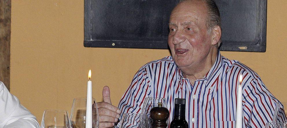 Foto: Don Juan Carlos durante una cena en una imagen de archivo (Gtres)