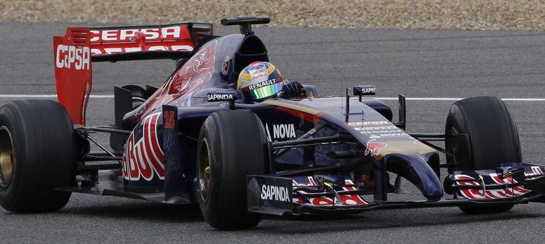 Foto: Jean-Eric Vergne rueda en Jerez con el STR9 de Toro Rosso. (EFE)