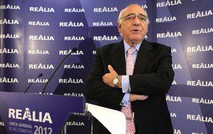 Realia se dispara un 11% ante la inminente presentación de ofertas