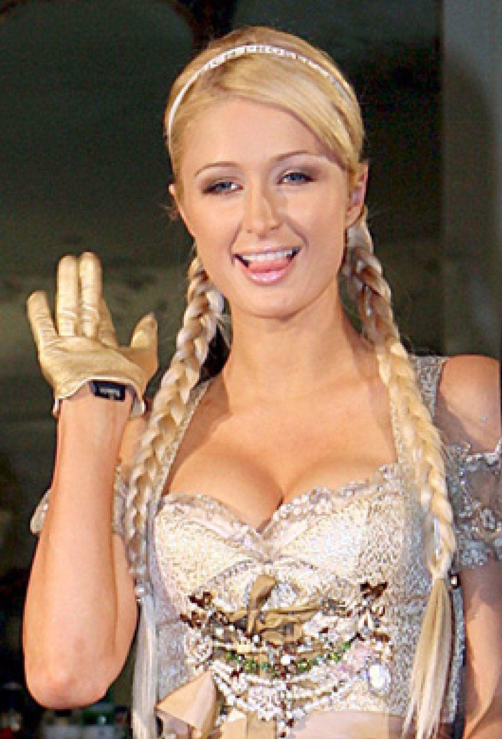 """Foto: Paris Hilton quiere """"dejar huella"""" en Ruanda"""
