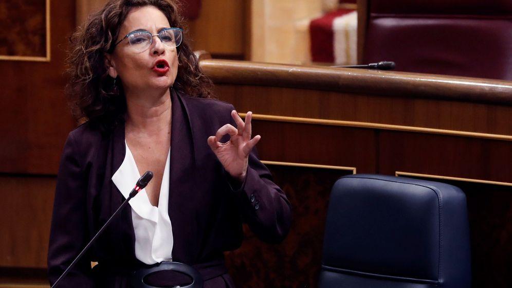 Foto: La ministra de Hacienda, María Jesús Montero, en el Congreso. (Efe)