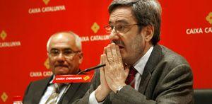 Las cajas catalanas empiezan a recortar plantilla... fuera de Cataluña