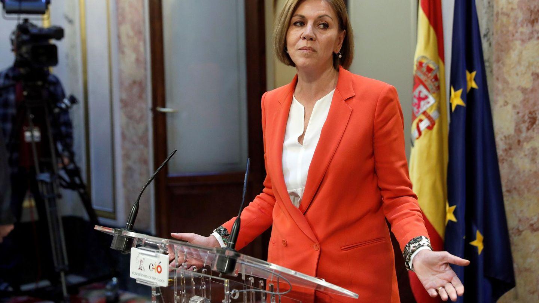 María Dolores de Cospedal comparece ante los medios en el Congreso | EFE