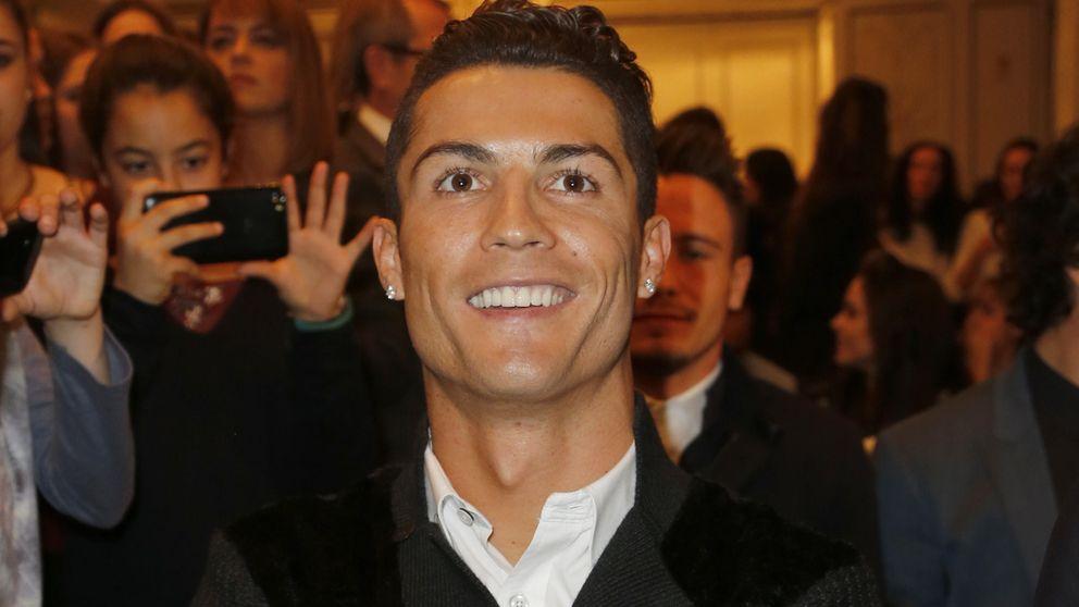 Cristiano Ronaldo se refugia en su familia para olvidarse de Irina