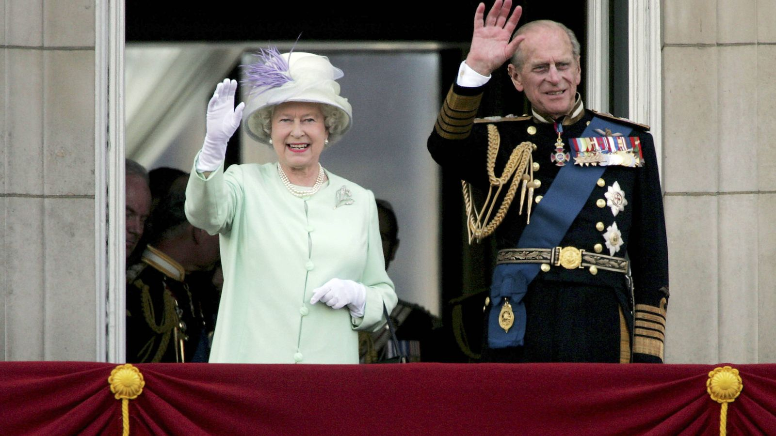 Foto: Isabel II y Felipe de Edimburgo: 71 años casados, que se dice pronto. (Getty)