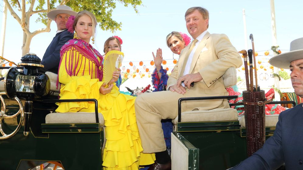 Foto: Máxima y su familia en la Feria. (Lagencia Grosby)
