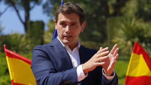 Rivera ofrece a Casado un gobierno de coalición para echar a Sánchez