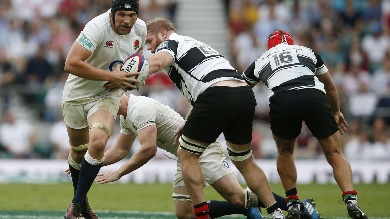 Inglaterra frente a los Barbarians. (Reuters)