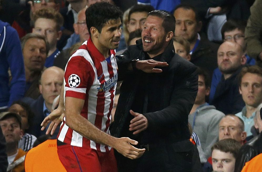 Foto: Diego Costa celebra un gol con Simeone durante su etapa en el Atlético de Madrid. (Reuters)