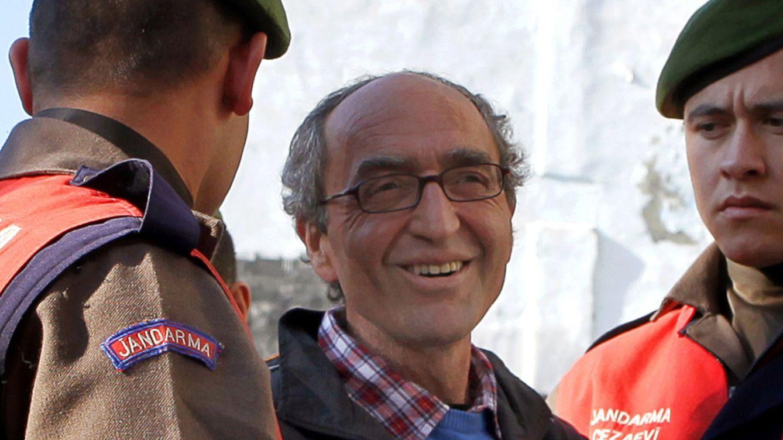 Libertad provisional para el escritor turco detenido en Granada