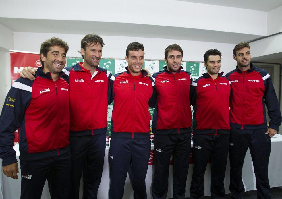 Foto: El equipo de Copa Davis durante la presentación del equipo (Efe).