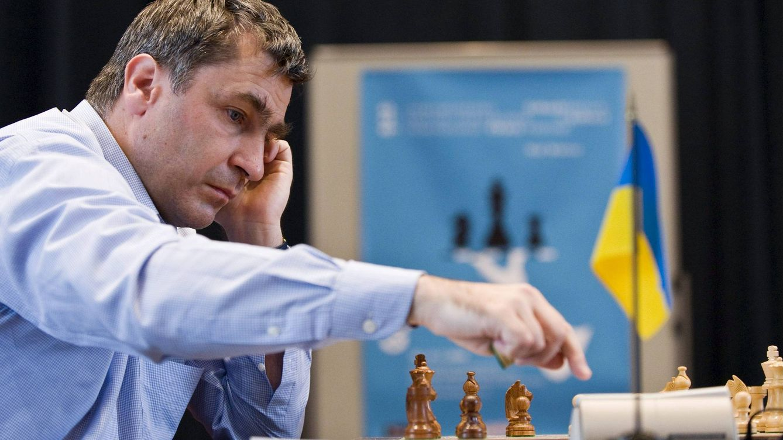 Ivanchuk destrona a Carlsen como campeón mundial de ajedrez rápido