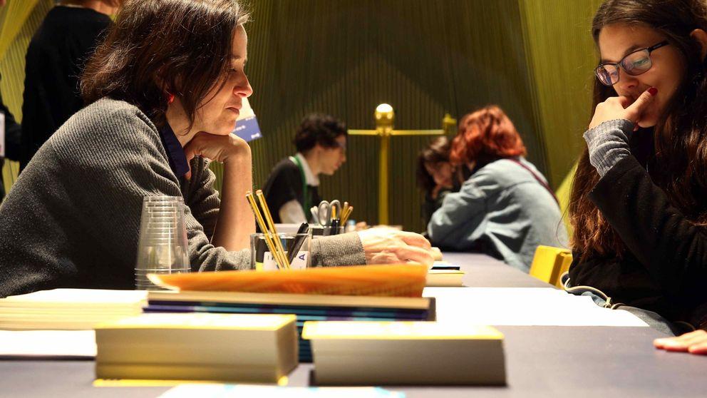 Los universitarios españoles le ponen un suspenso a su futuro laboral