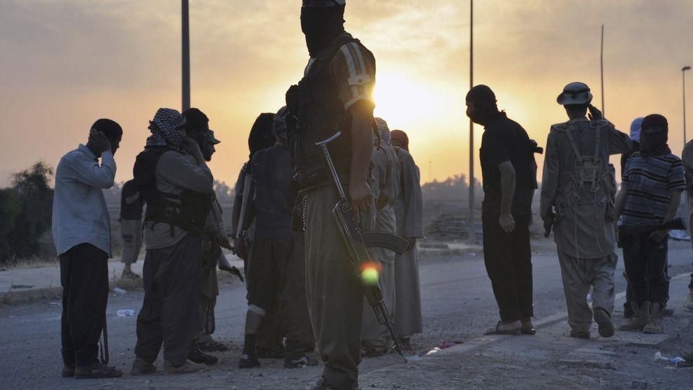 Esta es la guerrilla que golpea al Estado Islámico en la capital del 'Califato'