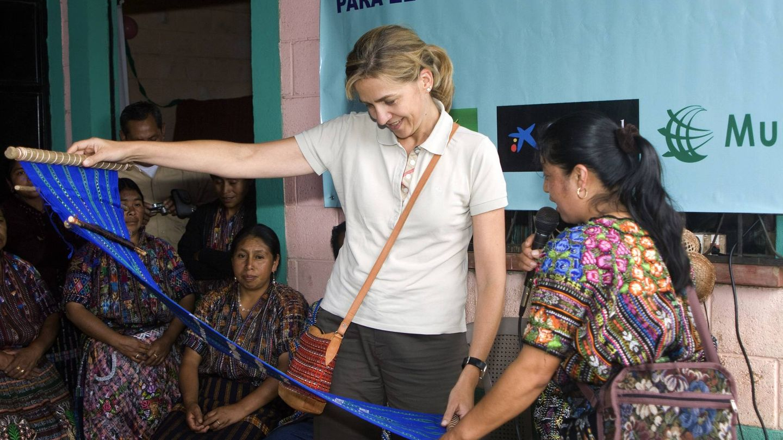 La Infanta Cristina visita un proyecto de La Caixa en Sololá, Guatemala. (EFE)