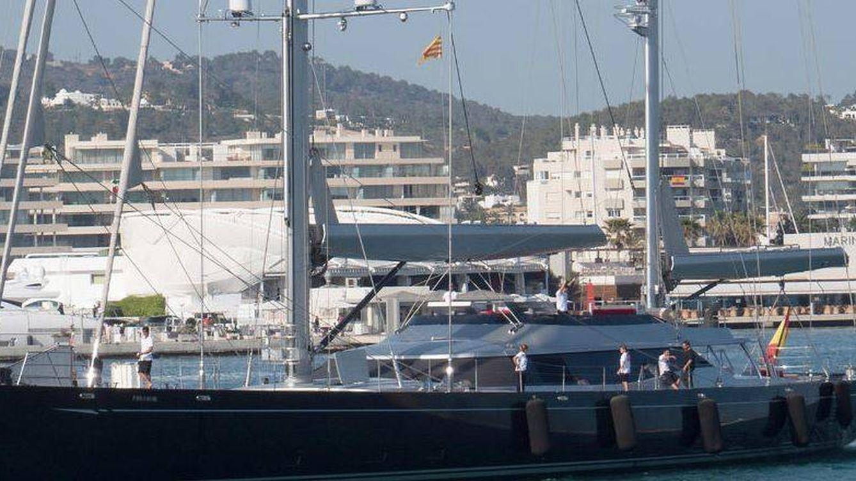 El megayate de Amancio Ortega navega en Montenegro y el de Isak Andic en Grecia