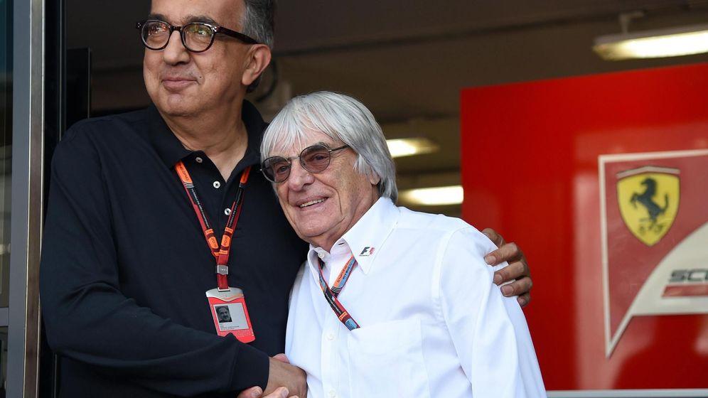 Foto: Sergio Marchionne con Bernie Ecclestone. (EFE)