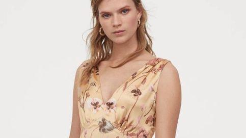 H&M lanza el vestido satinado y estampado que combinará de maravilla con todo tu armario