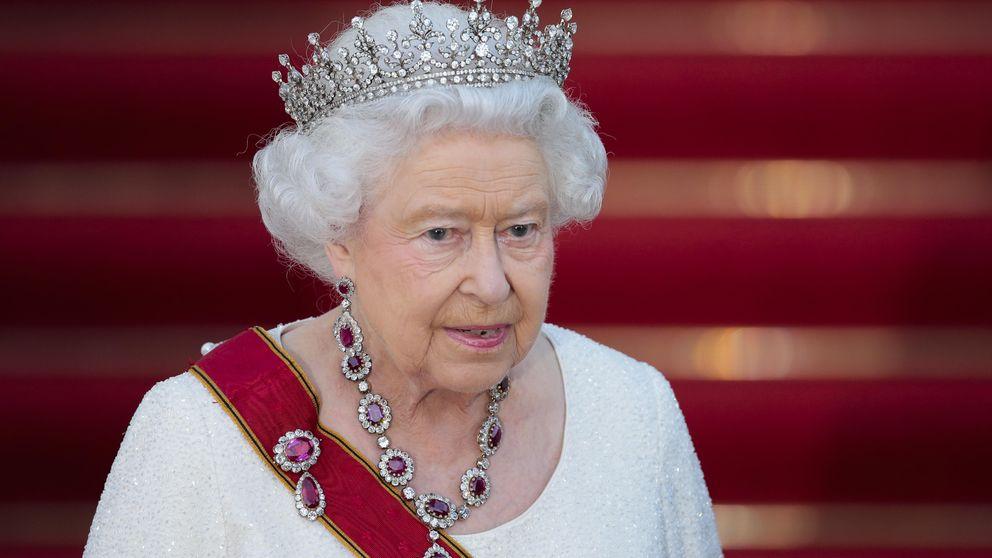 La reina Isabel II prohíbe los 'selfies' en su visita de Estado a Alemania
