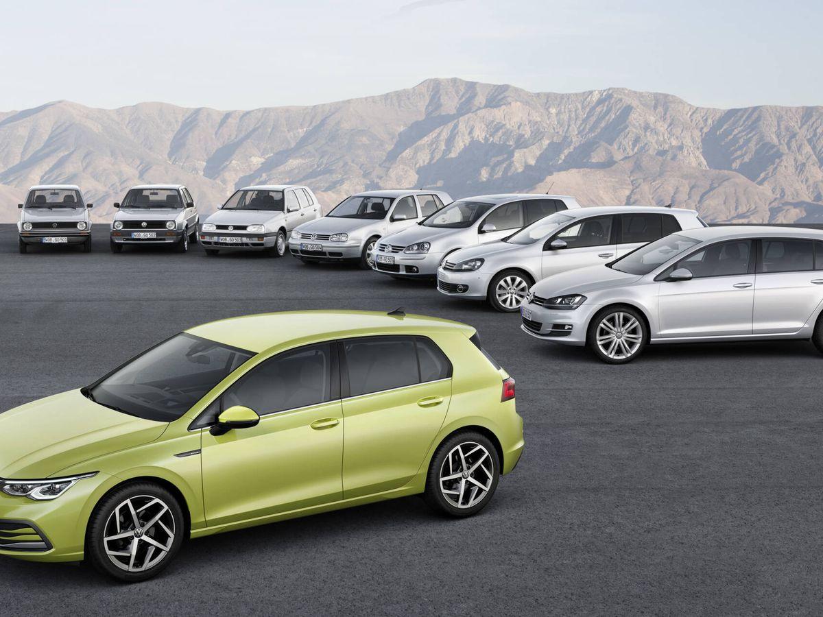 Foto: El último medio siglo ha estado marcado por el Golf y sus ocho generaciones, siempre un referente en el sector del automóvil.