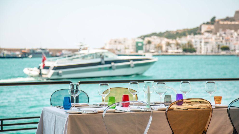 Viaje al centro de la 'orgía' gastronómica, cabaretera y divertida de Lío Ibiza