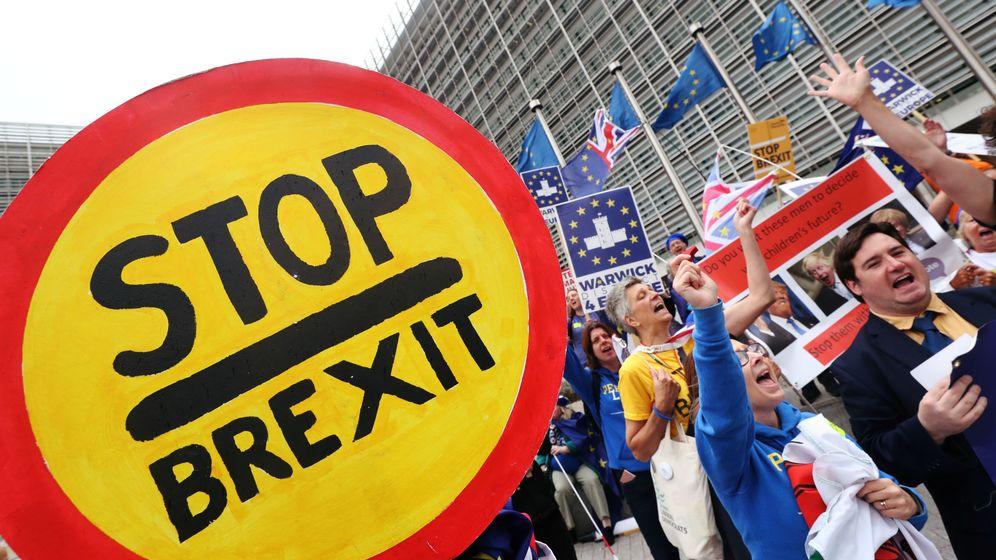 Foto: Una protesta frente a la Comisión Europea en Bruselas. (Reueters)