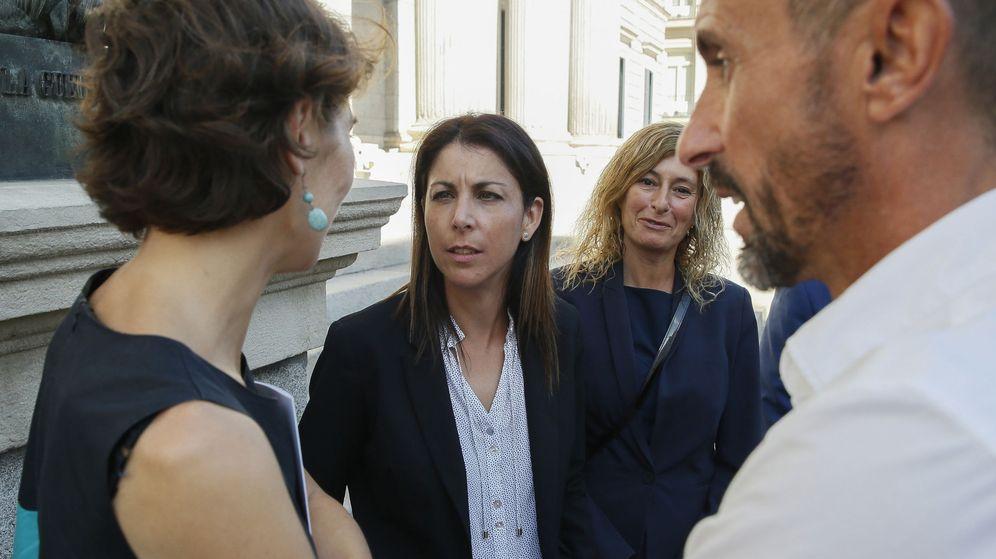 Foto: Anna González inició la lucha #PorUnaLeyJusta en 2013, tras el atropello mortal que sufrió su marido. (EFE)