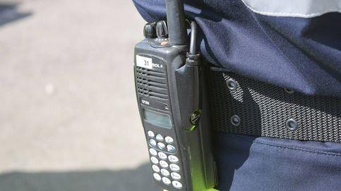 Te copio...: los alumnos que siguen sus clases a través de un walkie-talkie en Lugo