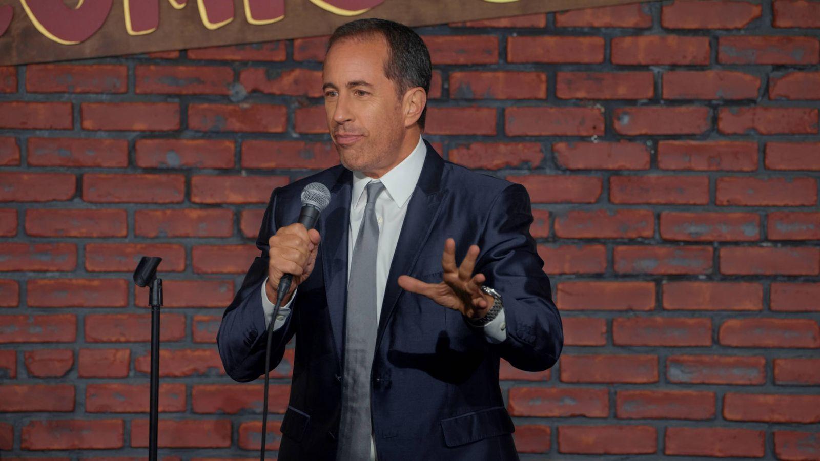 Foto: Jerry Seinfeld durante el monólogo 'Jerry before Seinfeld' (Netflix)