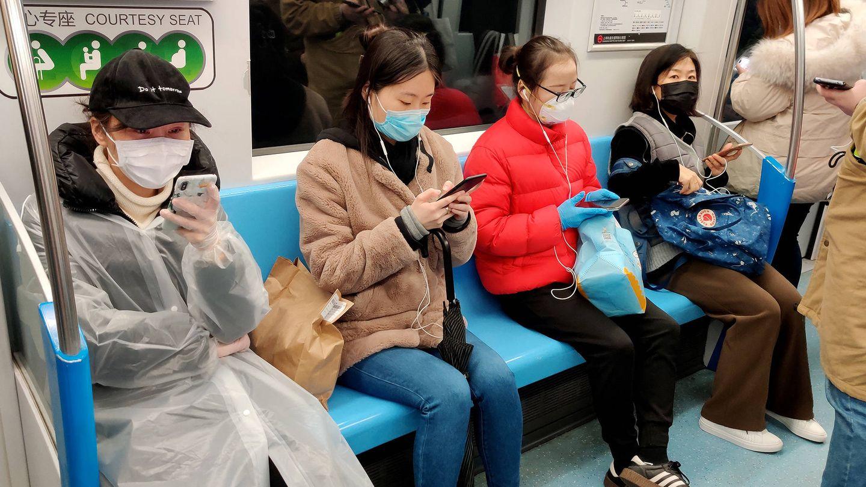 El metro en Shanghái vuelve a tener pasajeros. (Foto: Z. Aldama)