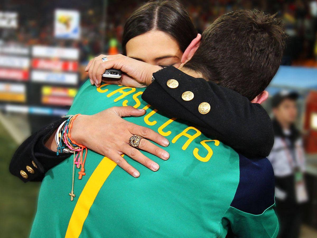 Foto: Iker y Sara, fundidos en un abrazo. (Getty)
