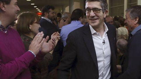 López busca ganar la guerra de los avales a Sánchez para obligarle a pactar después