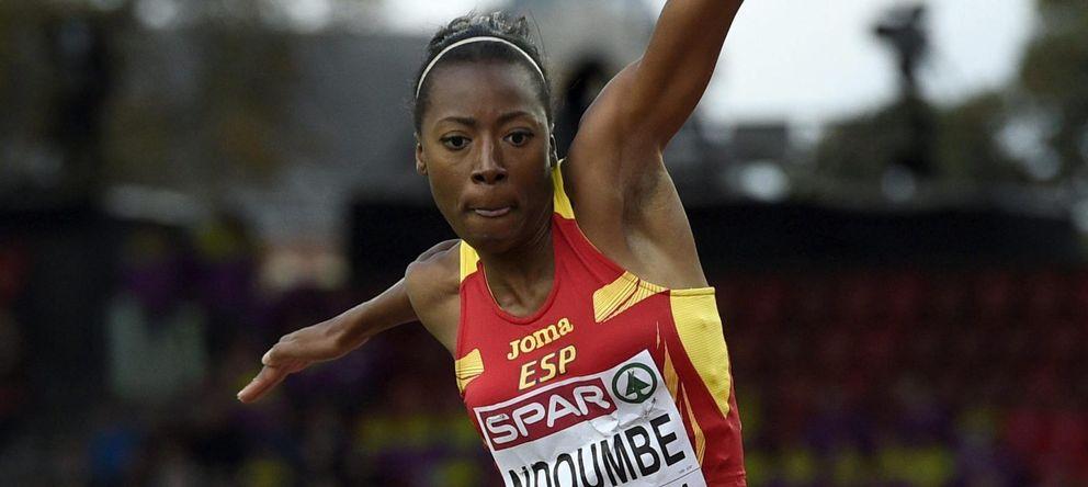 Ndoumbe roza las medallas en triple salto y Nuria Fernández es quinta en 5.000
