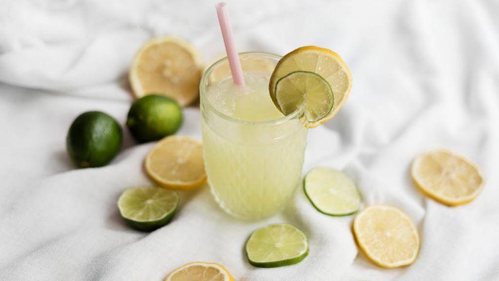 Beber agua con limón, ¿la solución para adelgazar y acabar con la grasa del vientre?