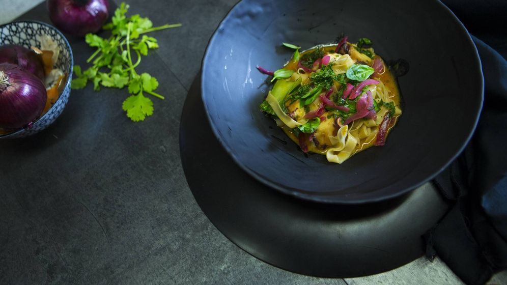 Foto: Noodles and Octopus Thai Style, de Carlos Fernández. (Asian Culinary Awards. UDON)