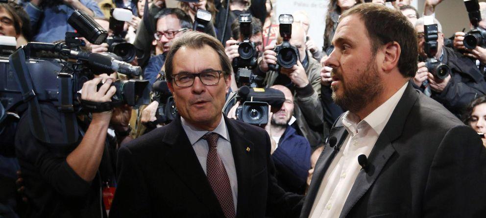 Foto: El presidente de la Generalitat, Artur Mas, y el líder de ERC, Oriol Junqueras (Reuters)