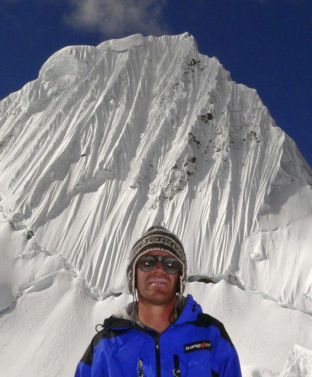 Foto: Javier Camacho, en otra expedición (AEFONA).