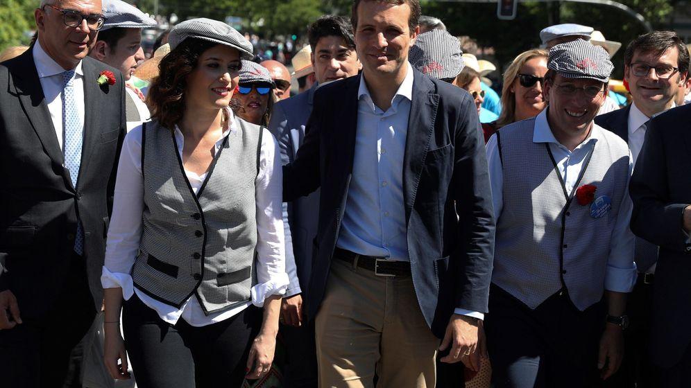 Foto: Candidatos del PP en la pradera de San Isidro. (EFE)