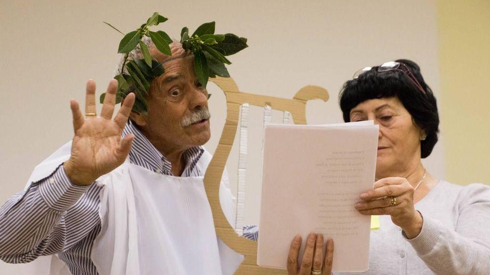 Foto: Andrés Muñoz y Tere Cortés, en una de sus celebraciones religiosas. (Moceop)
