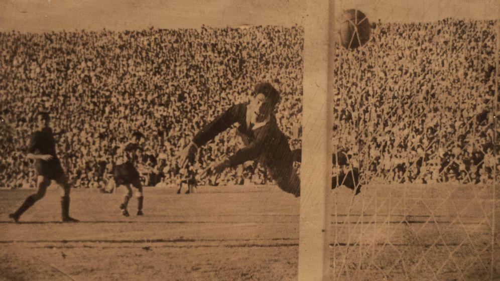 Foto: Deportes Cóndor, la tienda que inventó el balón de fútbol moderno