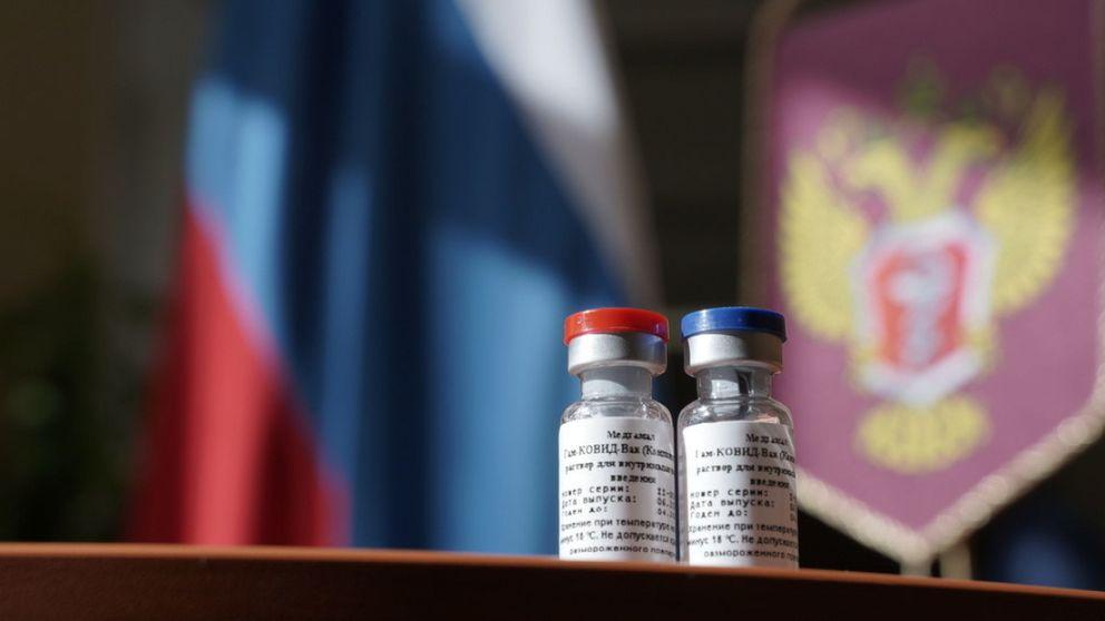 La verdadera receta de la vacuna de Putin: nacionalismo, propaganda y mucho humo