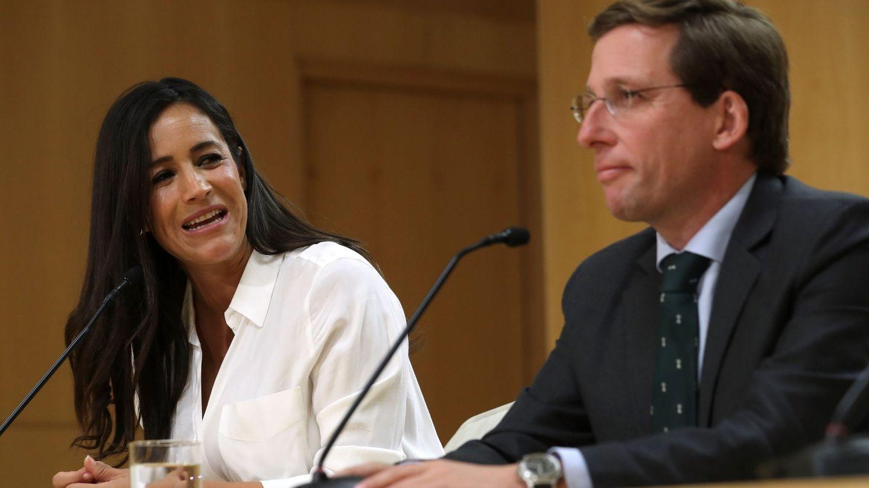 El alcalde de Madrid, José Luis Martínez-Almeida, y la vicealcaldesa, Begoña Villacís. (EFE)