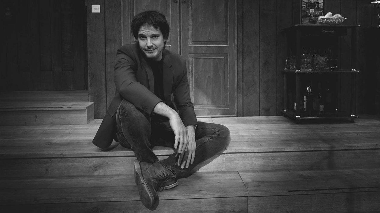 El actor David Janer en su faceta como actor de teatro. (Foto: Vanitatis)