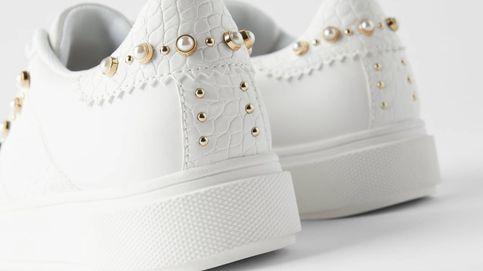 En Zara están las zapatillas que mejor van con tus vestidos de verano y de rebajas