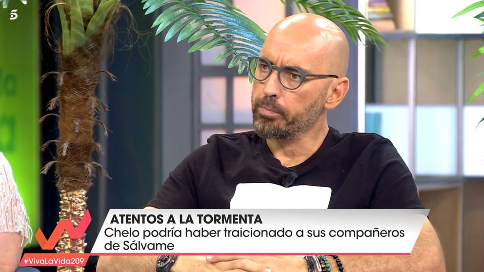 Diego Arrabal atiza a María Patiño por la exclusiva de Albert Rivera y Malú