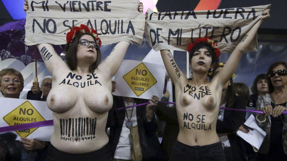 Foto: Activistas de Femen protestan contra la gestación subrogada. (EFE)