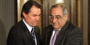 Artur Mas será 'president' tras pactar su investidura con los socialistas y enfadar al PP