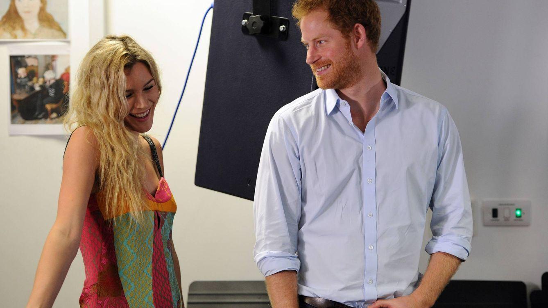 Foto: La mirada del príncipe Harry a la cantante Joss Stone (Gtres)