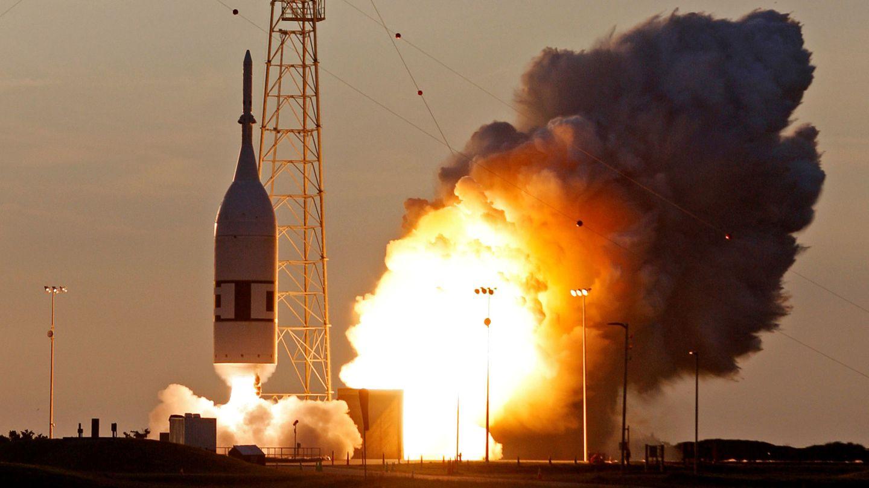 Test del sistema de emergencia de la nave Orión