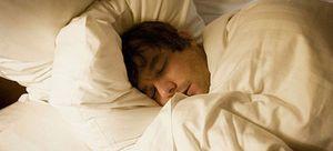 Dormir menos de 8 horas aumenta los síntomas depresivos y de ansiedad